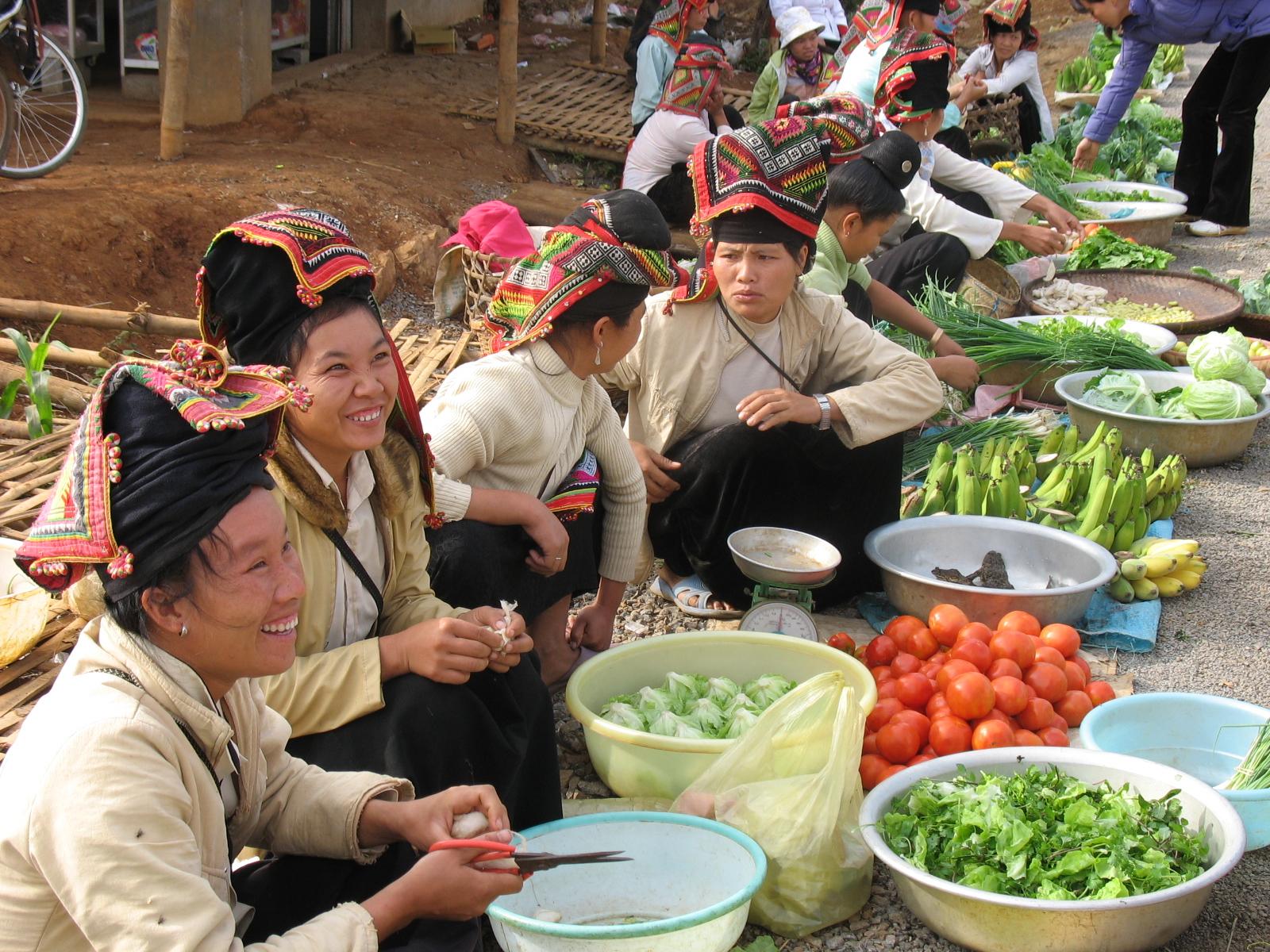 Voyage nord Vietnam hors es sentiers battus Marché ethnique