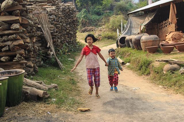 Circuit Birmanie petit groupe randonnée pays Shan nuit monastère