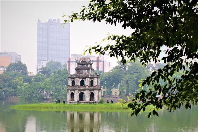 Circuit Vietnam en petit groupe hoan kien