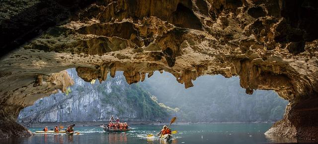 Circuit Vietnam kayak halong