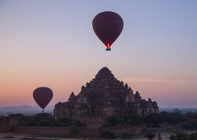 Circuit Birmanie Bagan Montgolfiere