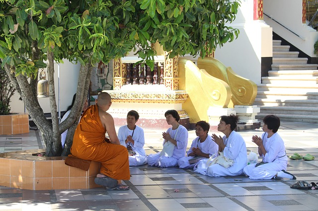 Circuit Thaïlande en petit groupe meditation chiang mai
